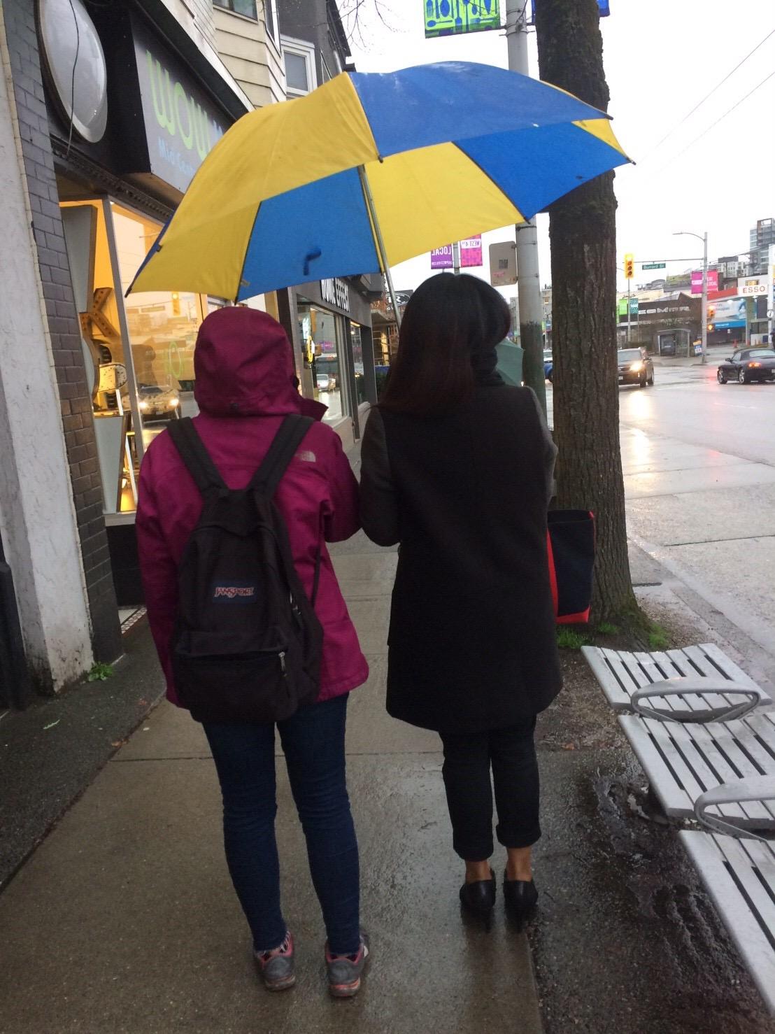 雨の日のバンクーバー